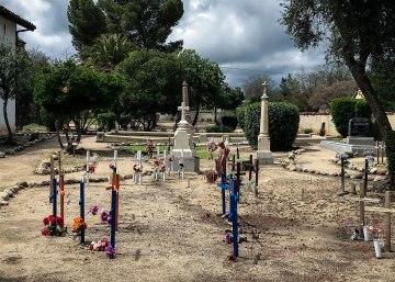 Cemetery-1774